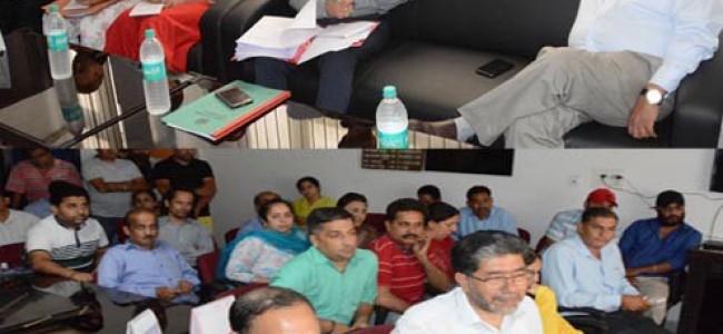 Dwivedi reviews functioning of DIPR Jammu