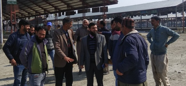 Director Horticulture (P&M) conducts two days visit to fruit & vegetable markets of Kashmir Division