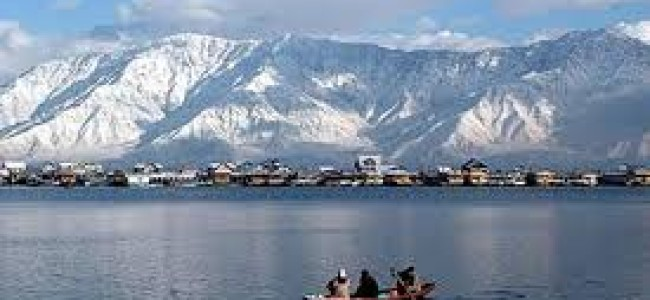 Kashmir tourism sector is still deep in a hole