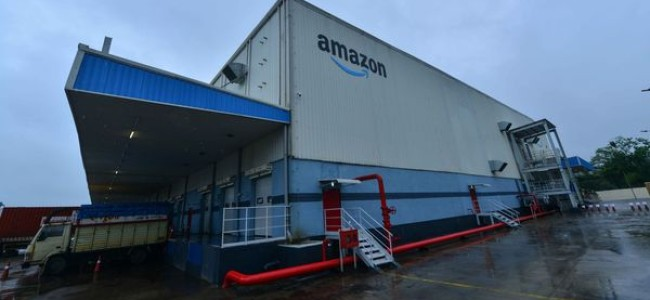 E-commerce, online firms struggle to get permits to deliver essentials, run warehouses