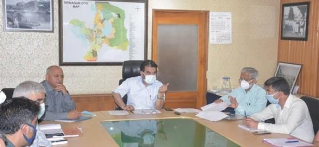 Commissioner SMC reviews AMRUT works