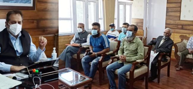 Advisor Baseer Khan meets deputations, individuals