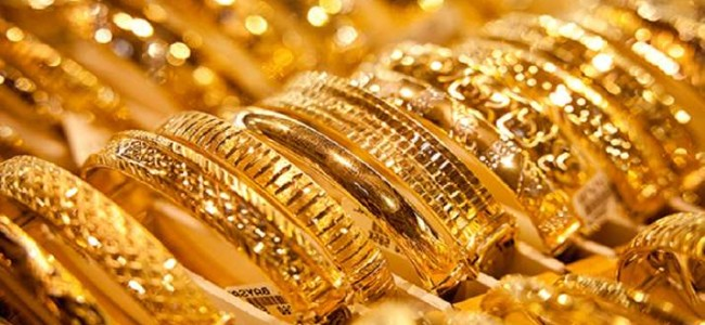 Indian spot gold rate and silver price on Friday, Oct 15, 2021